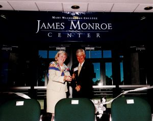 Meta Braymer and Virginia State Senator John Chichester cut the ribbon for the opening of the South Building, 1999
